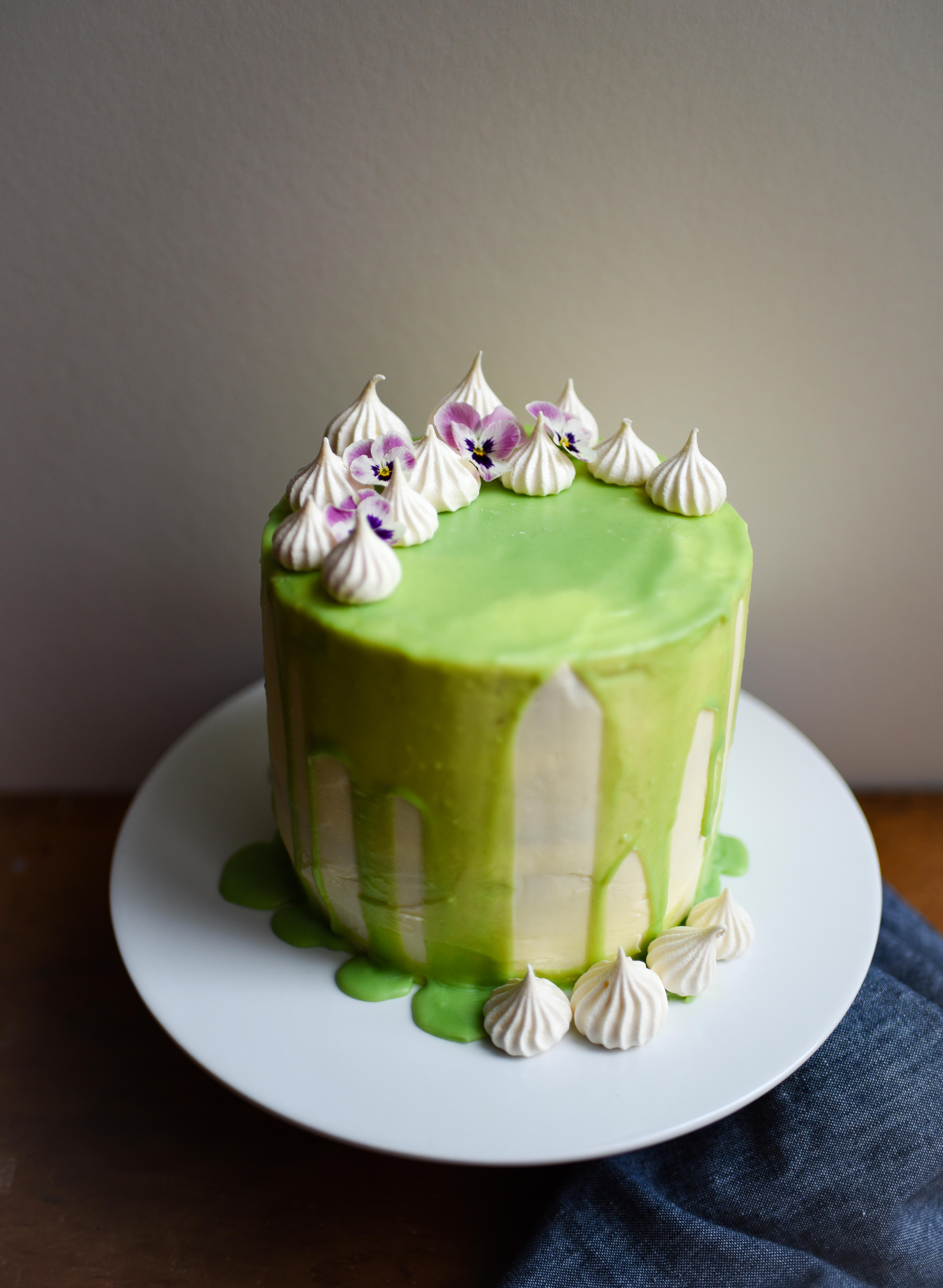 Gin and tonic in a cake yes please patisserie makes for Decoration layer cake
